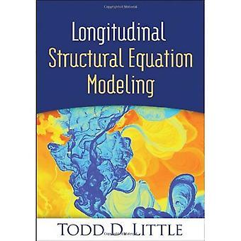 Längsgående strukturell ekvation modellering