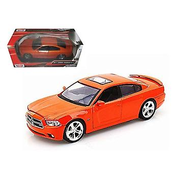 2011 Dodge Charger R/T Hemi Metallic Orange 1/24 Diecast Car Modelo por Motormax