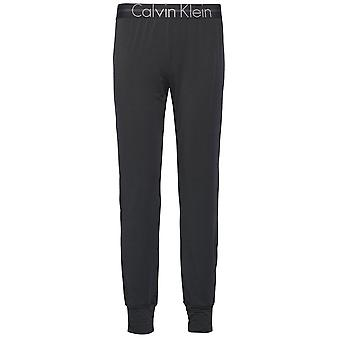 Calvin Klein Women Focused Fit Jogger, Black, Large