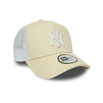 New Era New York Yankees Jersey Essential A-Frame Trucker Cap in Beach