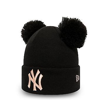 العصر الجديد المرأة الشتاء قبعة مزدوجة Bobble Beanie -- نيويورك يانكيز