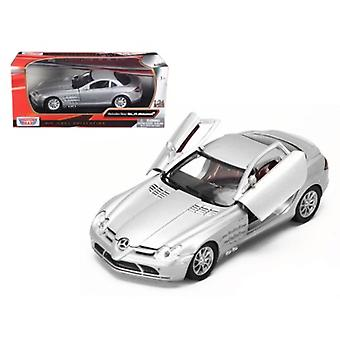 Mercedes Mclaren Slr Silver 1/24 Diecast Model Car By Motormax