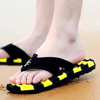 Summer Fashion Massage Slippers Big Size Non-slip Flip Flops For Male
