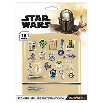Star Wars: The Mandalorian Bounty Hunter Fridge Magnet Set (Pack of 18)