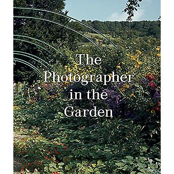 The Photographer in the Garden by Jamie M. Allen - 9781597113731 Book