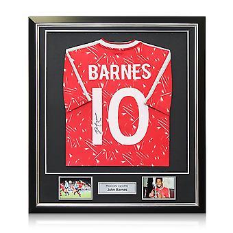 John Barnes signed Liverpool Football shirt 1989-91. Nummer 10. Indrammet