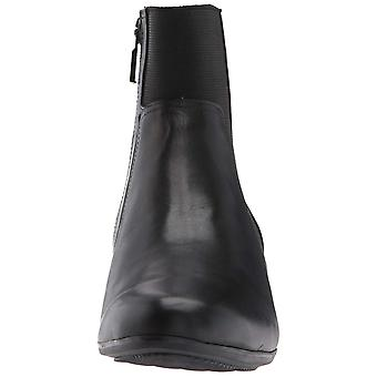 Trotters Women's Monte Ankle Bootie