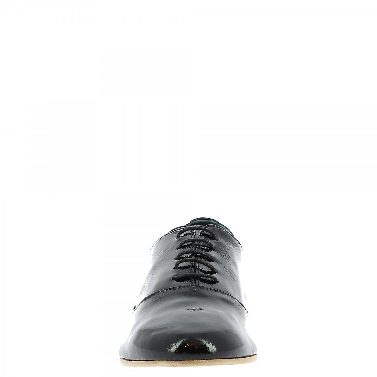Leonardo Shoes Women's Handmade Elegant Lace-ups In Black Patent Leather
