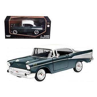 1957 Chevrolet Bel Air Green 1/24 Diecast Model Car par Motormax