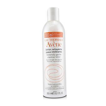 Erittäin hellävarainen puhdistusainevoide yliherkille ja ärtyneelle iholle (rajoitettu painos) 240614 300ml/10.1oz