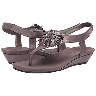 Anne Klein Women's Isotta Wedge Sandal