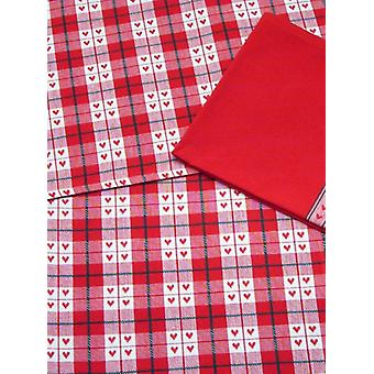 Peggy Wilkins Christmas Table Runner - Home Comforts Design