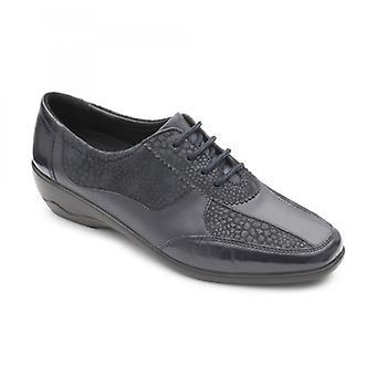 Padders كوارتز السيدات جلد واسع (e/2e) أحذية البحرية