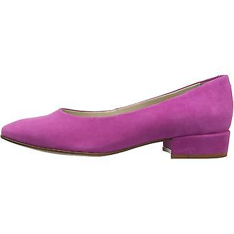 Kenneth Cole New York Women's Bayou Dress Low Heel Pump
