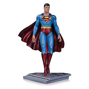 Superman Man of Steel Standbeeld door Mobius