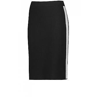 חצאית טאיכיף שחור לסרוג