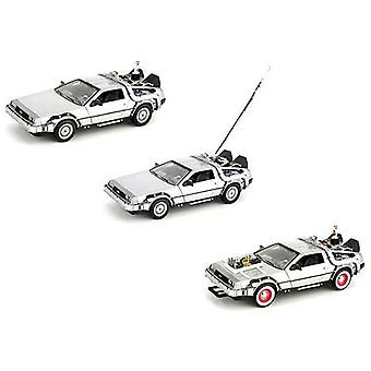 De Lorean DMC 12 from Back To The Future in Silver (1:24 scale by Welly 224003G)