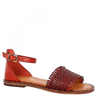Leonardo Shoes Women's flat sandals in red woven calf leather with ankle strap closure