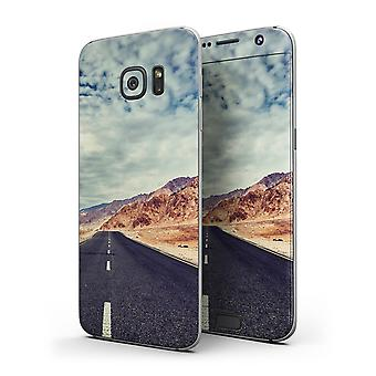 Desert Road - Full Body Skin-kit For The Samsung Galaxy S7 Or S7 Edge