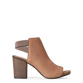 Kenneth Cole Reaction Womens Fridah Suede Open Toe Casual Ankle Strap Sandals