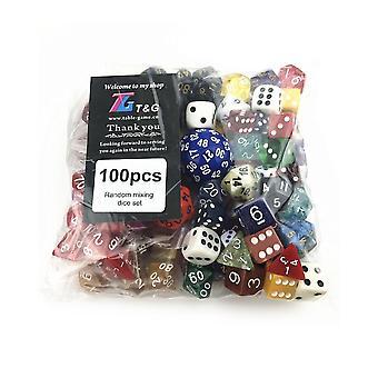 100kpl satunnaista polyhedral-muovista hauskaa värityylistä noppaa