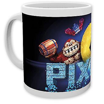Grupo de Copa de pixel blanco, impreso, cerámica, capacidad aprox. 320 ml., en caja de regalo.