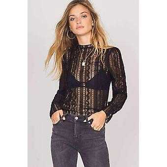 Amuse all about that lace knit- black