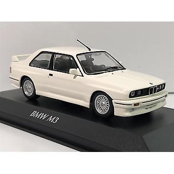 Maxichamps 940020301 BMW M3 E30 White 1987 1:43 Scale