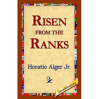 Steget fra rekkene av Alger & Horatio & Jr.