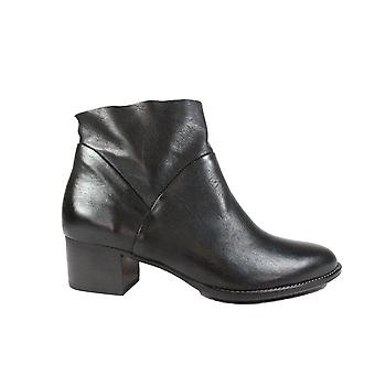 Paul Green 8847-11 Black Leather Womens Zip Up Ankle Boots