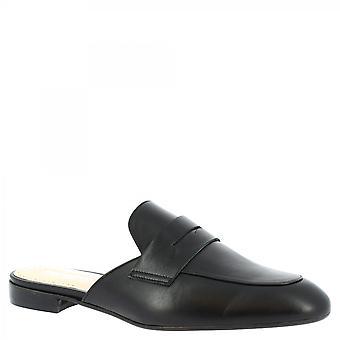Leonardo Sko Kvinner's håndlagde lav muldyr sandaler i svart kalv skinn