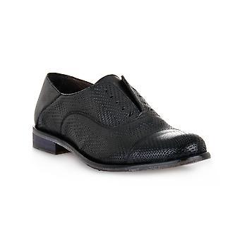 Exton soft black shoes