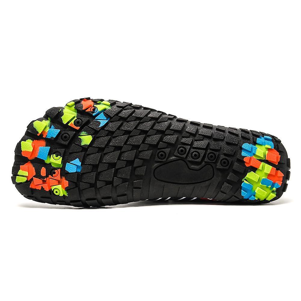 Slip resistant outdoor lightweight creek sneakers