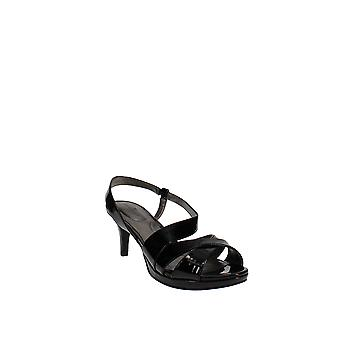 Bandolino | Kenosha Sandals