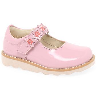 קלארקס קראון עלי כותרת T בנות נעליים ראשונות