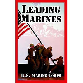 Menant des Marines de l'US Marine Corps