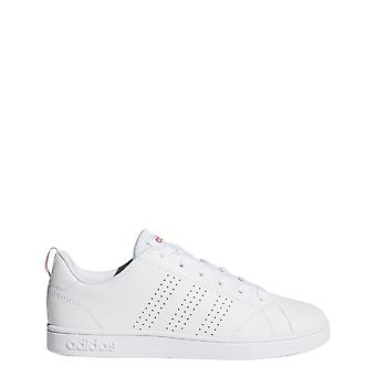 Adidas vs Advantage puhdas pitsi ylös kengät
