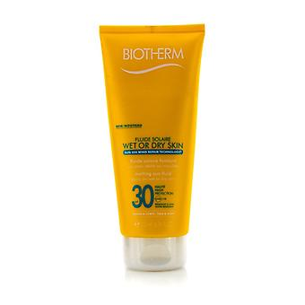 Biotherm Fluide Solaire Wet Or Dry Skin Melting Sun Fluid SPF 30 For Face & Body - Water Resistant 200ml/6.76oz