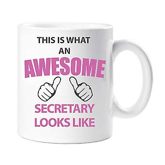 Dies ist eine tolle Sekretärin Becher sieht