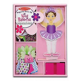 Melissa och Doug Nina Ballerina magnetiska trä Dress-Up Doll