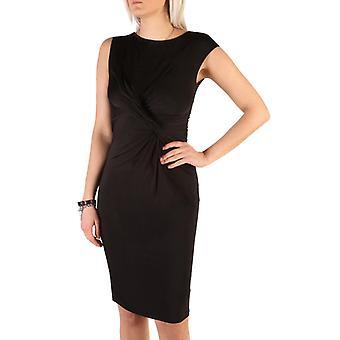 Woman sleeveless boat neckline dress g95959