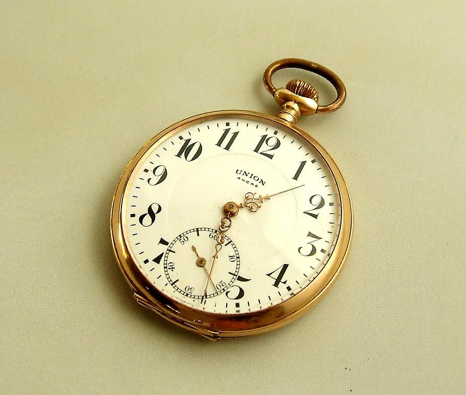 Golden UNION pocket watch with watch chain