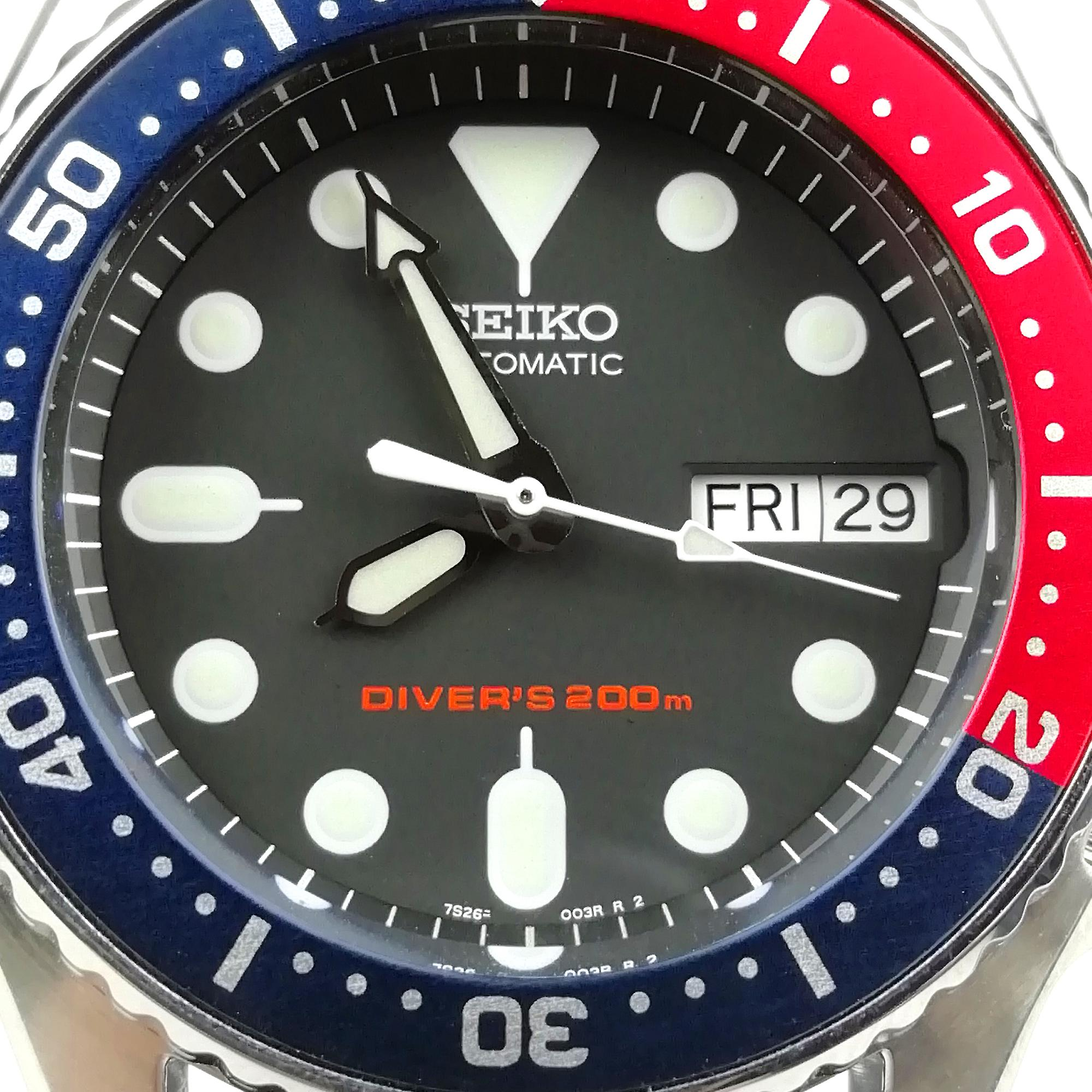 Seiko Customised Divers Automatic 'Mini Pepsi' Bezel Men's Watch 38mm