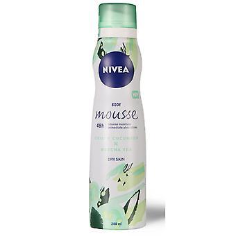 Nivea Beaut� Body Mousse Intense Moisture Absorption 200ml DRY Crispy Cucumber + Matcha Te