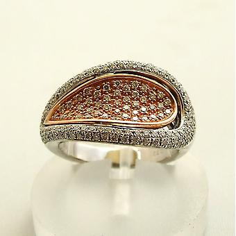 Bicolor gold ring with diamond
