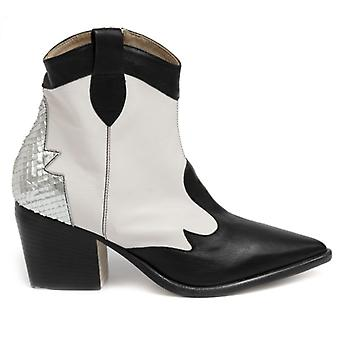 Laura Bellariva Black and White Leather Ankle Boot