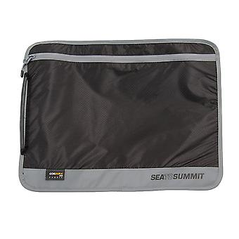 Sea to Summit Travelling Light A4 Black Document Pouch
