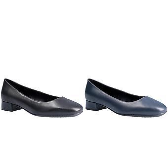 The Flexx Womens Longly Portofino Slip On Shoe