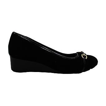 Giani Bernini Womens Eatonn Suede Closed Toe Casual Slide Sandals