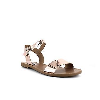 Steve Madden | Donddi Flat Sandals